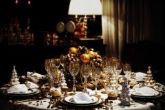Tischdekoration-Winter-opulent-schwarz-weiß-gold-M
